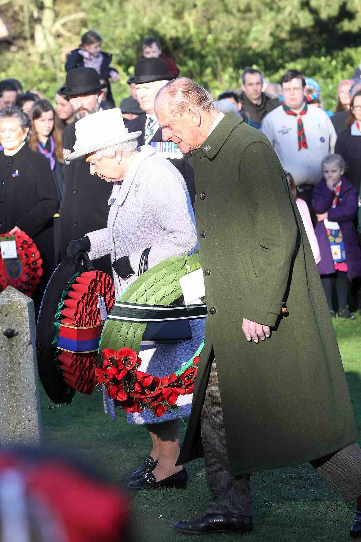The Queen and Duke of Edinburgh mark Gallipoli withdrawal